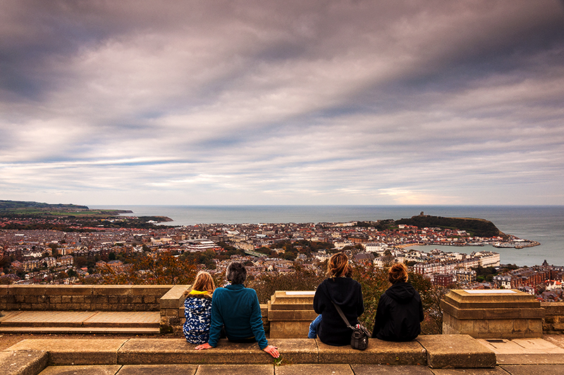 enjoying-the-view-of-scarborough-yorkshire-from-olivers-mount